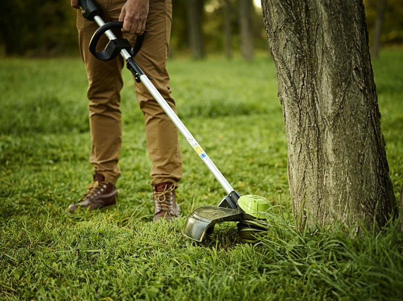 триммер Greenworks с ножом для травы